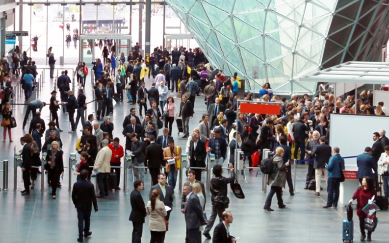 Sneaky but Effective Tactics can make your next trade show stand a success. Image © Depositphotos.com/adrianocastelli