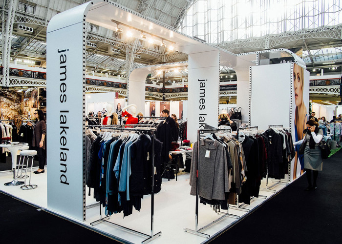 Fashion Exhibition Stand