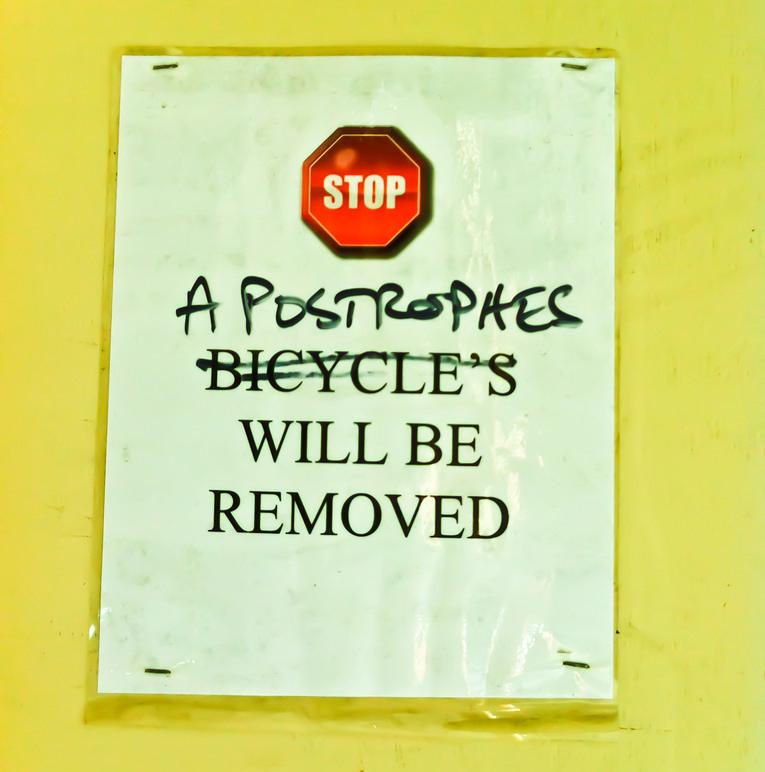 Apostrophe Error Sign