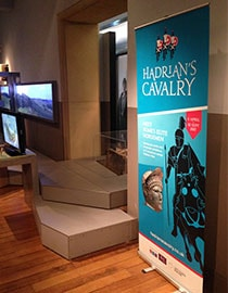 roller banner for museums